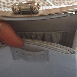 265380a66cd94 Sasha Fabiani Bags - Small silver evening bag